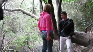 Teens fucking in Woods