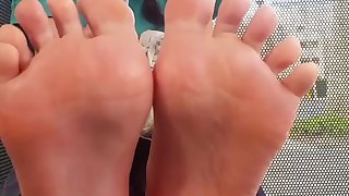 18 year old latina nursing studnet with glasses shows size 6 Soles