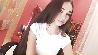 Cute camgirl finally shows her amazing body.